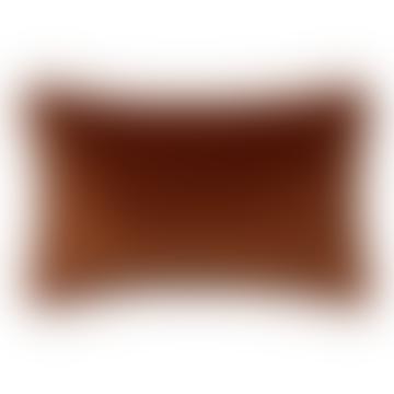 Coussin Fara en velours à franges caramel 30x50cm
