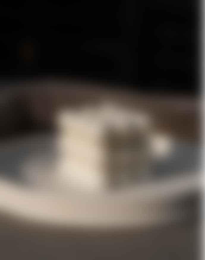 SVAR:ØG Biela Soy Sculptural Candle