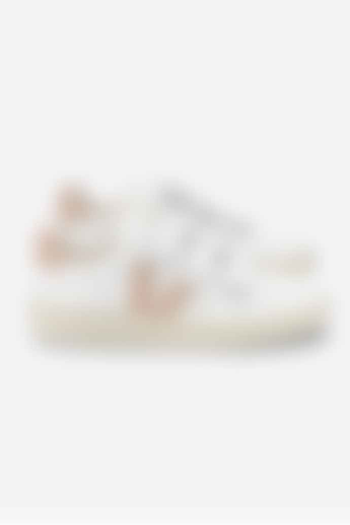 Veja EXTRA WHITE NUDE V-LOCK LEATHER TRAINER WOMENS
