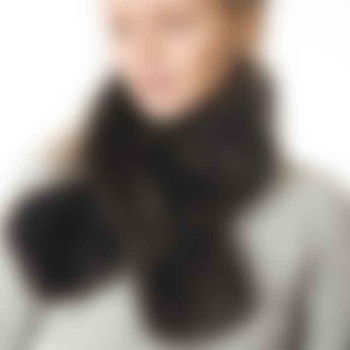 Miss Shorthair Dark Grey Faux Fur Collar
