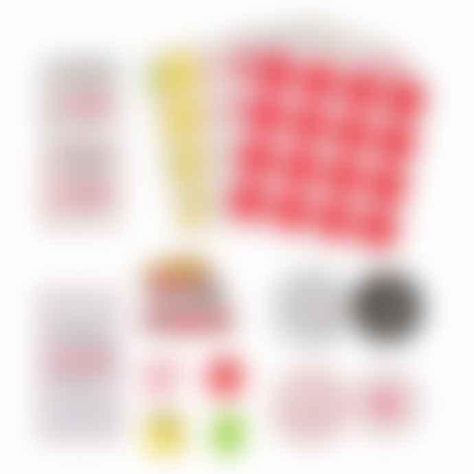 Yes Studio Pizza Poker Set
