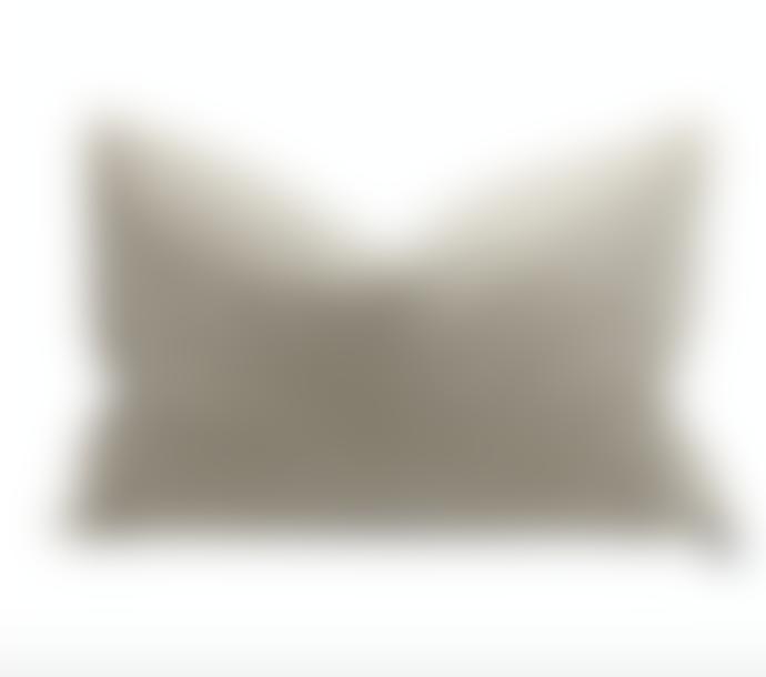 Maison de Vacances 40 x 60cm Ciment Velvet Vintage Cushion
