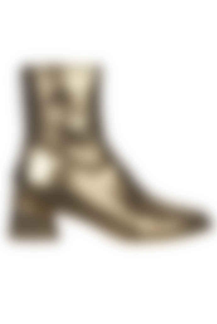 Stine Goya Allison Metallic Boots - Gold