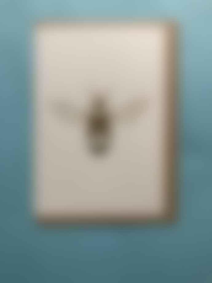 Ola Foil Blocked Bee Card