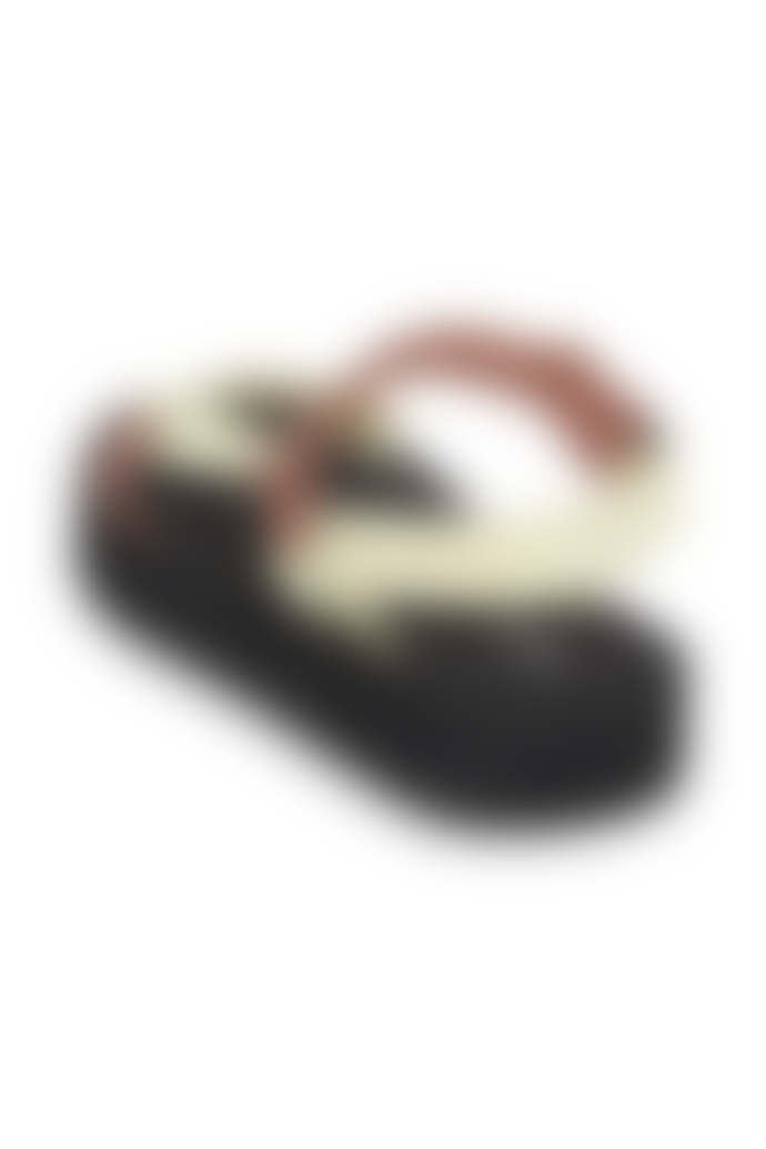ICHI Faro Trek Sandal Caramel