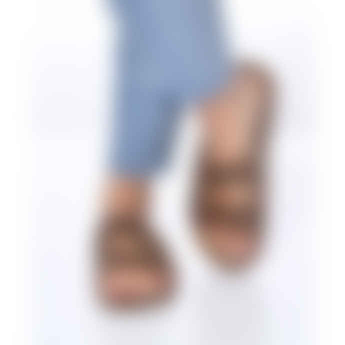 Cacatoes Amazonia Sandals in Camel