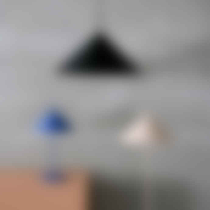 HKliving Metal Triangle Floor Lamp Matt Nude