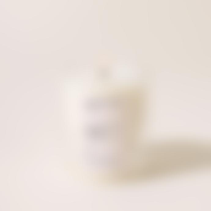 Yield Design Willow Spring Water, White Pepper & Mandarin Artisanal Candle